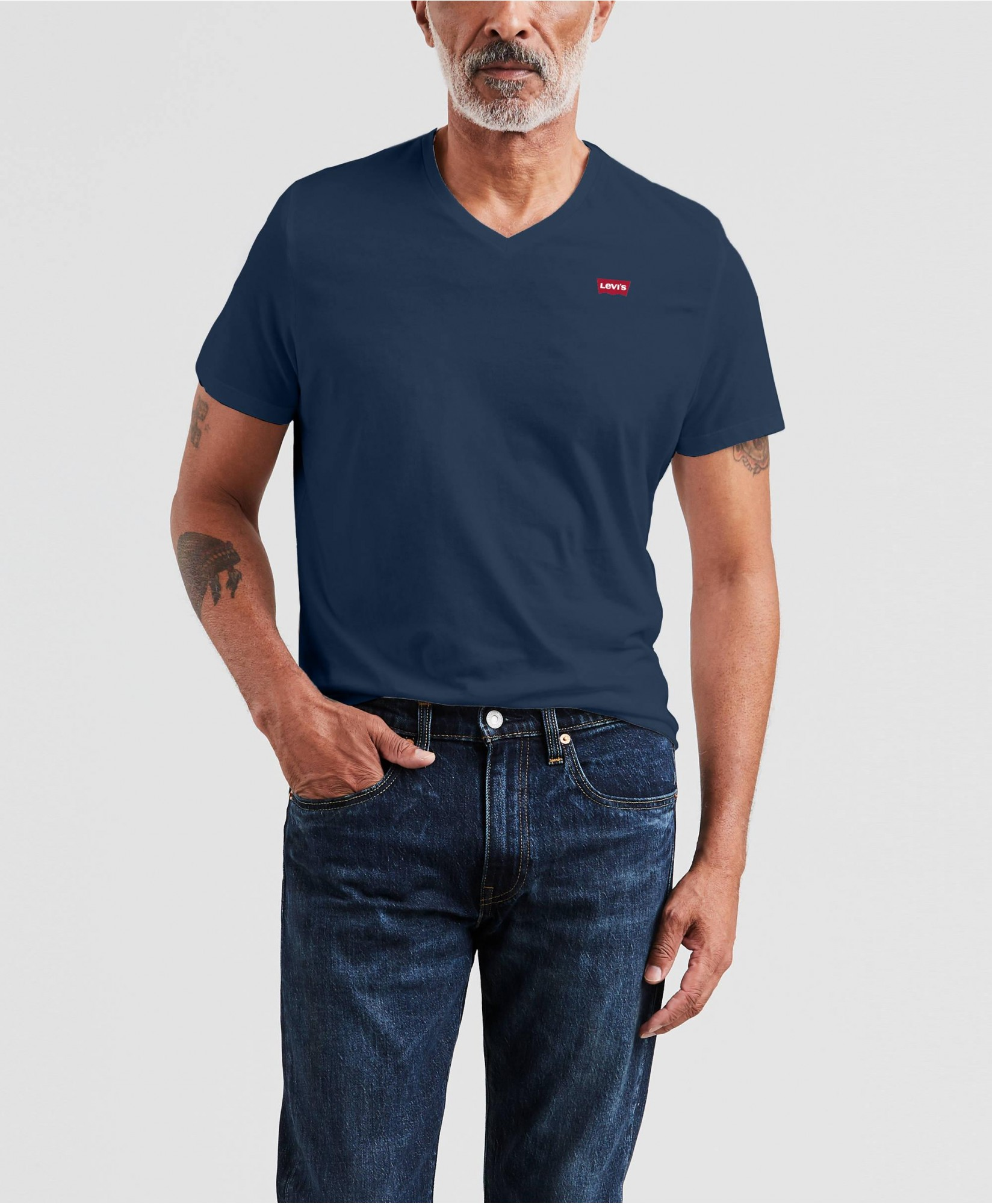LEVI'S ORIGINAL HOUSEMARK V-NECK TEE LEVI'S ORIGINAL HOUSEMARK V-NECK TEE
