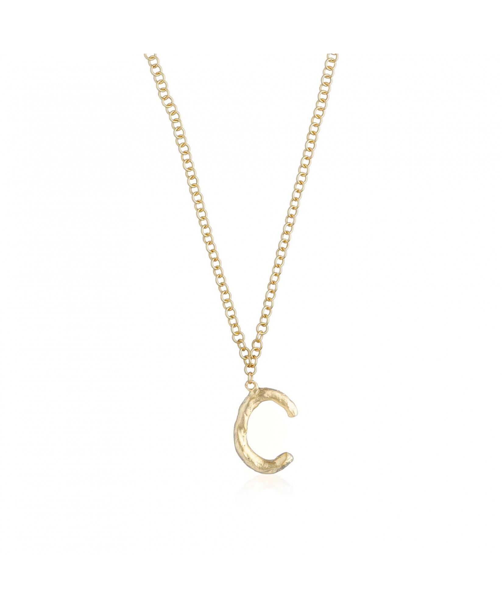 Collar con colgante letra C oro Collar con colgante letra C oro