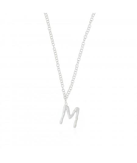 Collar letra M plata
