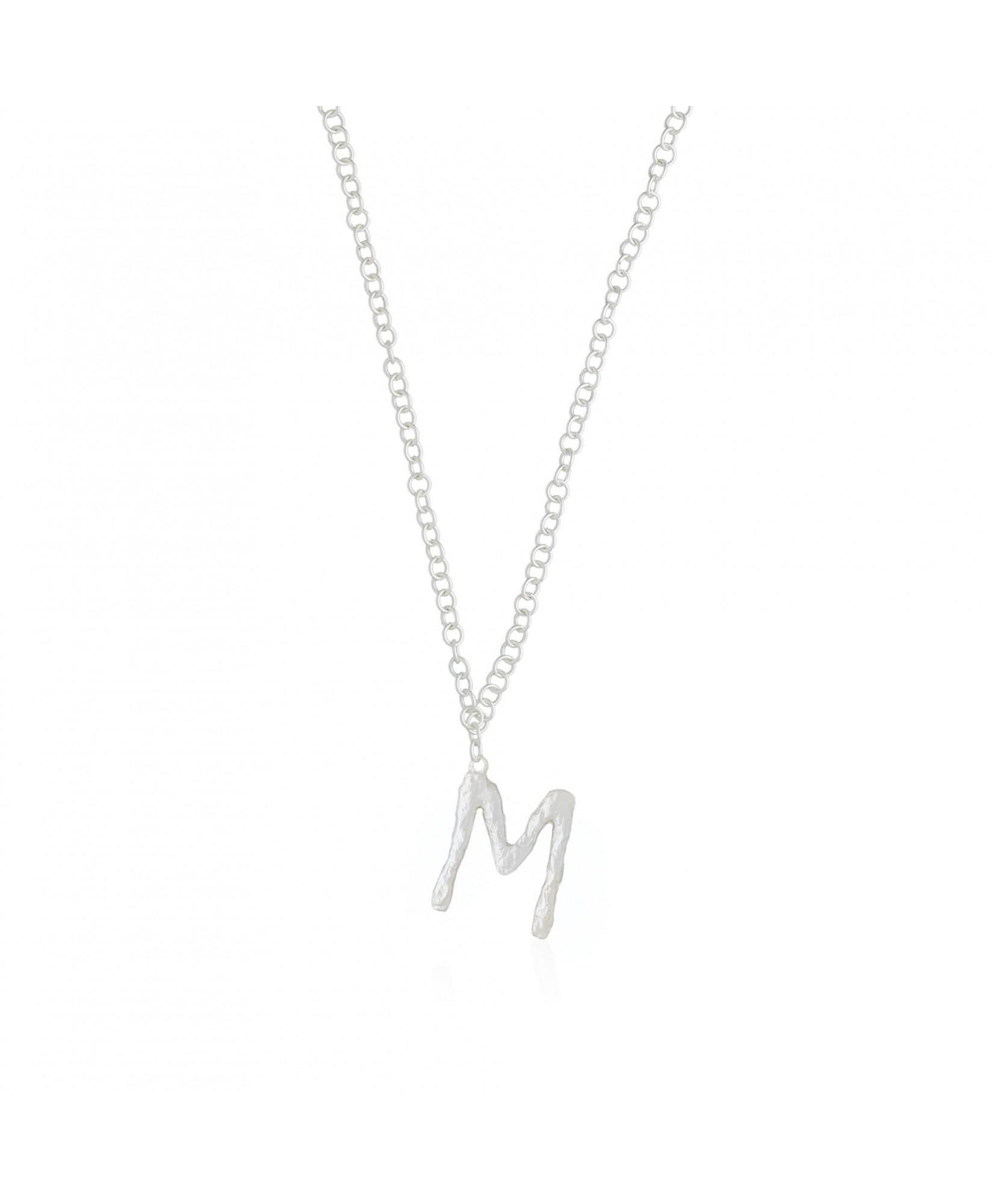 Collar letra M plata Collar letra M plata