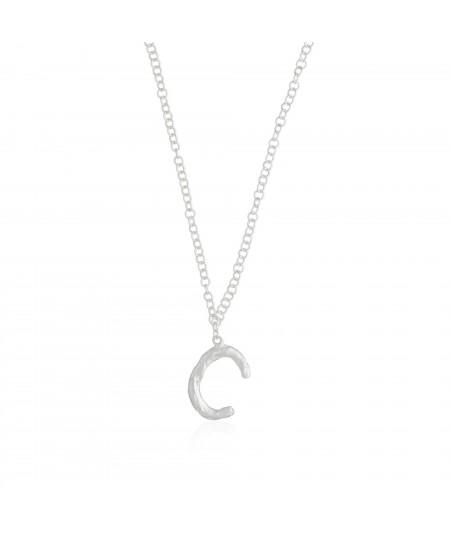 Collar letra C plata