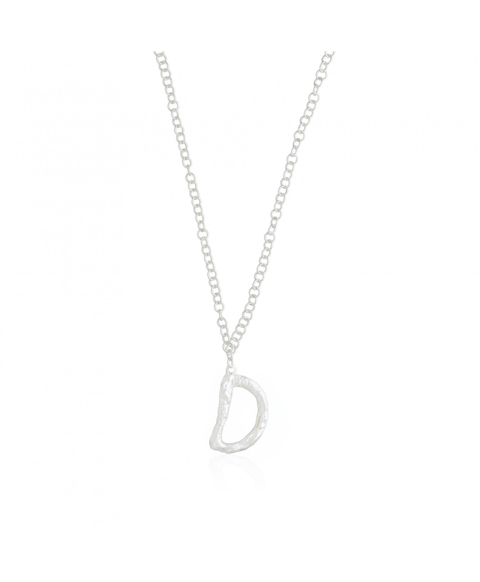 Collar con colgante letra D plata Collar con colgante letra D plata